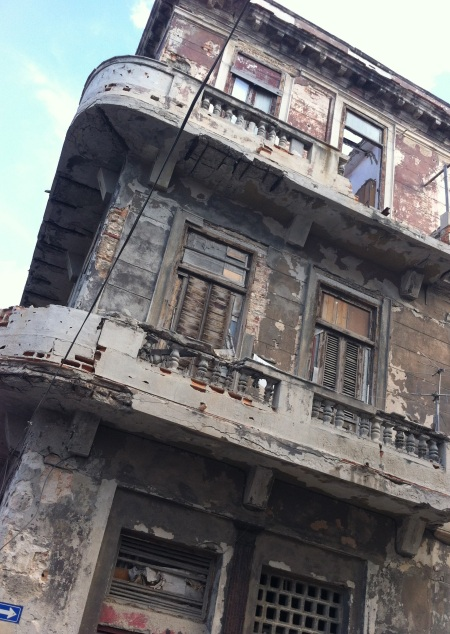 building in decay Havana
