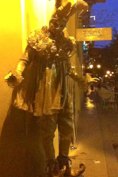 Havana Vieja jester